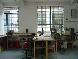 Membership at Flux Studios gives jewellers access to our fantastic facilities at any time of day or night
